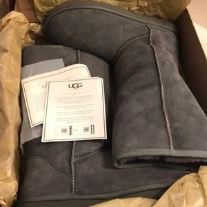BRAND NEW never worn! gray size 9 Tall ugg boots